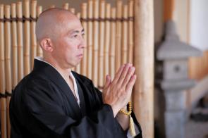 曙橋周辺で人気のお寺2選!特徴的なお寺の雰囲気や歴史を解説の画像