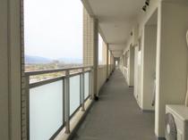 マンション購入で考慮すべき共用廊下の幅について解説の画像