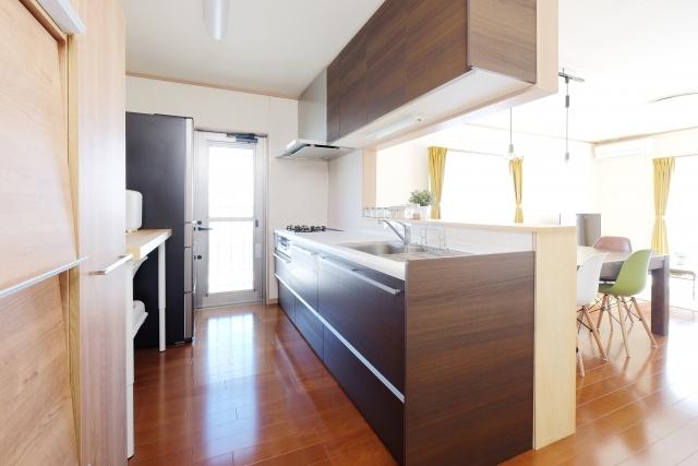 人気の住宅設備であるシステムキッチンとは?概要やメリットをチェックしようの画像