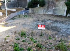 土地購入を検討中の方へ!旗竿地を購入するメリットと注意点についての画像