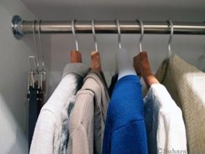 梅雨時期に気を付けたい衣類収納のカビの画像