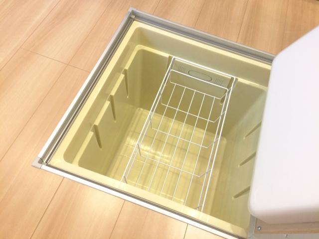 戸建ての収納設備として床下収納はあったほうがいい?そのメリットや注意点とはの画像