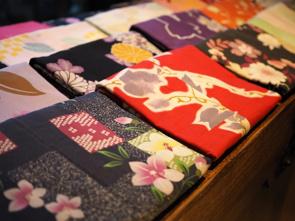 手ぬぐいや浴衣が素敵!堺市の伝統産業「注染」とは?の画像