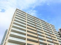 賃貸物件の部屋選びで最上階という階数を選ぶことのメリットと注意点とは?の画像