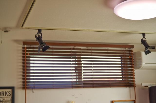 ナチュラルな部屋に模様替えをしたいなら木製ブラインドがおすすめ!の画像