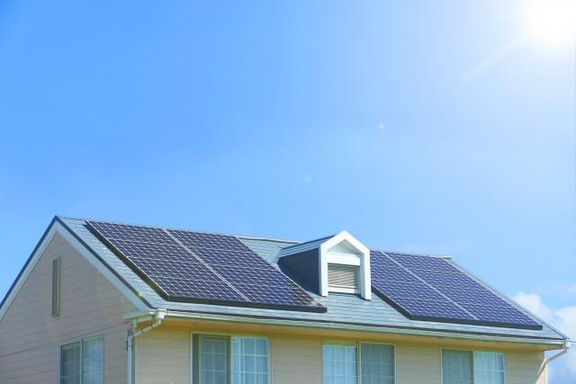 不動産を売却する際に太陽光発電付きの住宅はそのまま売ることが可能?の画像