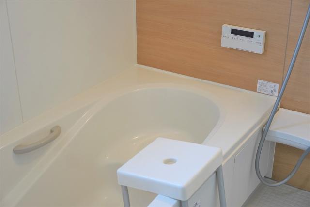 賃貸物件のお風呂に追い焚き機能は必要?追い焚きにかかるガス代とはの画像