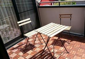 賃貸物件のベランダに椅子を置きたい場合の方法とは?注意点はある?の画像