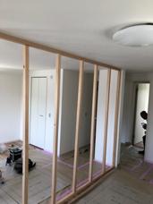 洋室を2部屋に仕切る壁造作♯途中風景~完成!の画像