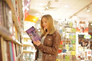 川崎区にあるおすすめの本屋「朋翔堂」と「進行堂書店」をご紹介!の画像