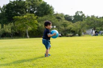 川口市内にある親子で楽しめる川口西公園を解説!の画像