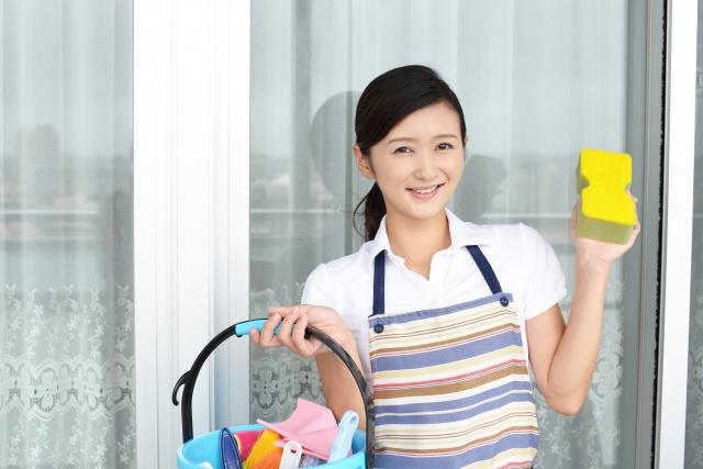 賃貸物件の窓掃除!窓が汚れる原因や効果的な掃除方法とは?の画像