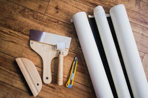 不動産売却時に壁紙はどうすれば良いの?張り替え有無について解説の画像