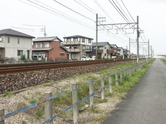 線路沿いの賃貸物件のメリット・デメリットと騒音・振動対策の画像