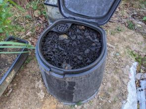 賃貸物件で生ゴミを有効活用できるコンポストとは?設置するメリットも解説の画像