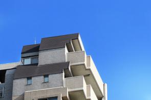賃貸物件の最上階は住み心地が良い?気になるメリットと注意点を解説の画像