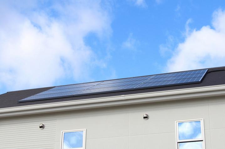 太陽光発電付きの不動産を売却する方法と注意点を解説の画像