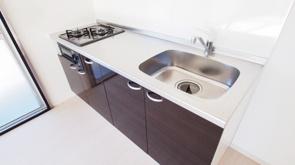 人気の賃貸設備「システムキッチン」の概要とメリットを解説の画像