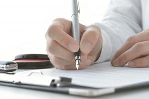 退去や違約金の心配も?賃貸物件の契約期間について解説の画像