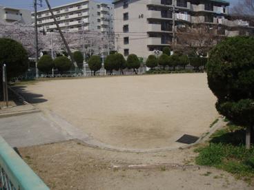山田西三角広場の画像1