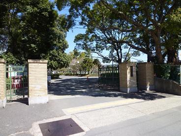 兵庫県立伊丹高等学校の画像2