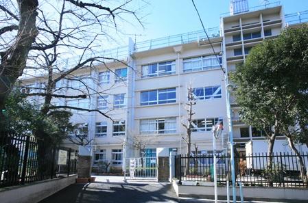 区立駒込中学校の画像