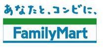 ファミリーマート松屋大和川通店の画像1