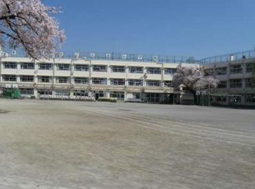 世田谷区立 弦巻小学校の画像1