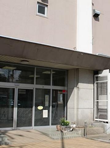 台東区立根岸図書館の画像