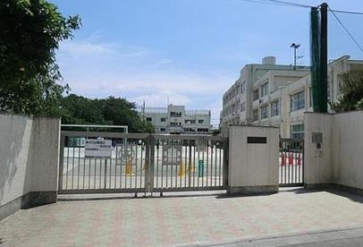 世田谷区立 松原小学校の画像1