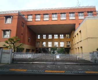世田谷区立 中町小学校の画像1