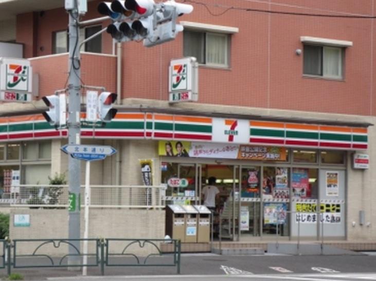 セブン−イレブン北区王子神谷駅南店の画像