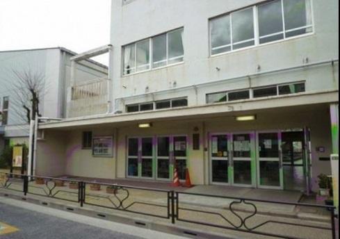 文京区立千駄木小学校の画像