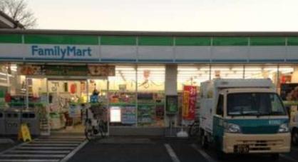 ファミリーマート赤塚二丁目店の画像1