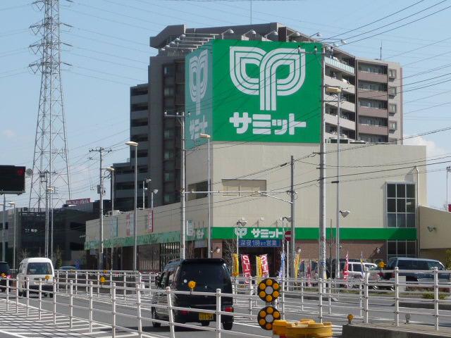 サミット鳩ヶ谷駅前店の画像