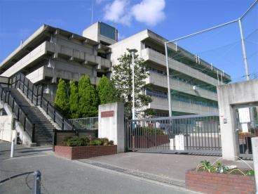 吹田市立佐井寺小学校の画像1