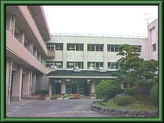 生駒市立 あすか野小学校の画像1