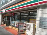 セブンイレブン新宿東店