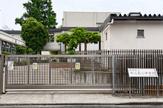 新宿区立牛込第三中学校