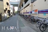 小菅駅前駐輪場