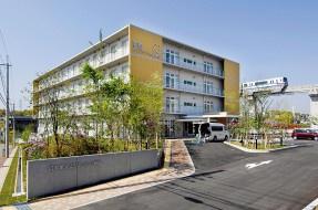 登美ヶ丘リハビリテーション病院の画像1