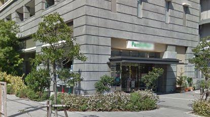 ファミリーマート南堀江店の画像2