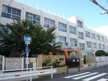 大阪市立 大淀小学校の画像1
