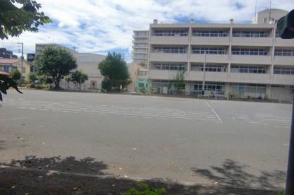 横浜市立仏向小学校の画像1