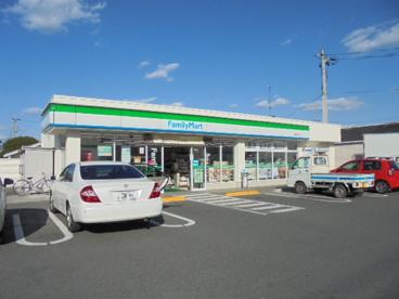 ファミリーマート 駅家町江良店の画像1