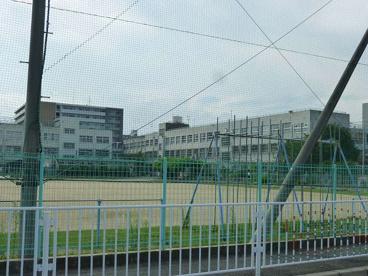 東大阪市立 高井田西小学校の画像1