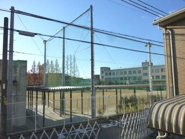 東大阪市立 楠根小学校の画像3