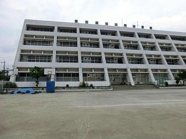 六月中学校の画像1