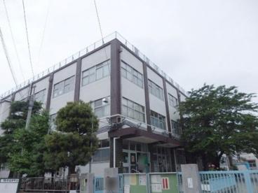 足立区立 亀田小学校の画像3