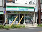 ファミリーマート尾頭橋店